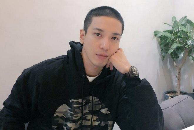 G-Dragon loat sao giai tri Han Quoc se xuat ngu trong nam 2019 hinh anh 3