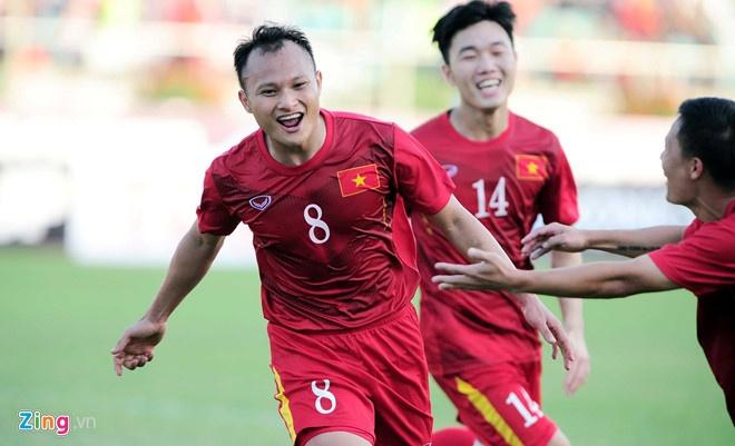 Quang Hai la 'vua chuyen bong' cua tuyen Viet Nam tai vong bang Asian Cup anh 1