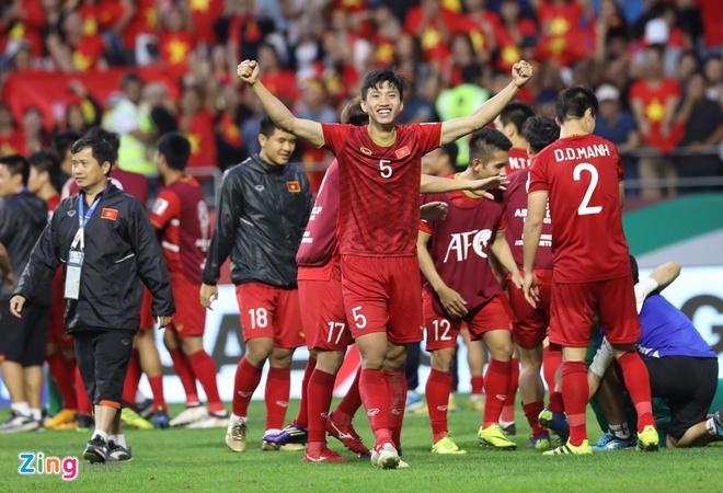 Doan Van Hau lot top nhung cau thu xuat sac sau vong 1/8 Asian Cup hinh anh 1