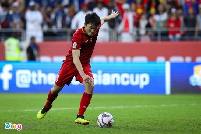 HLV Hoang Van Phuc: 'Thay Park de danh Xuan Truong cho hiep hai' hinh anh 1