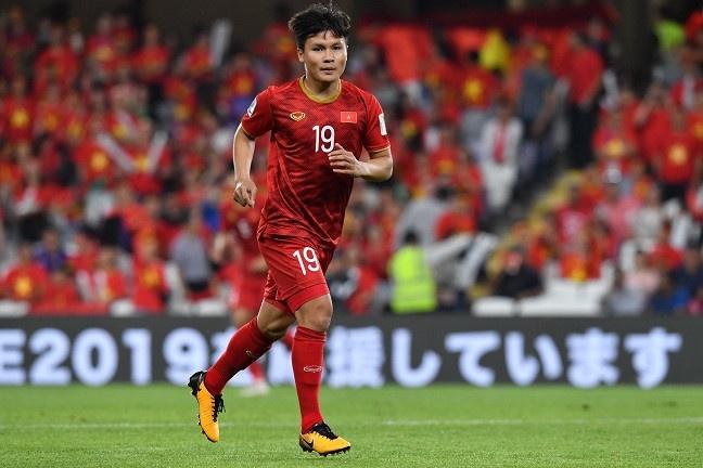Quang Hai, Doan Van Hau lot top 5 cau thu tre hay nhat Asian Cup hinh anh 6