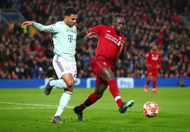 Sao Liverpool bi mat trom trong luc thi dau o Champions League hinh anh 1