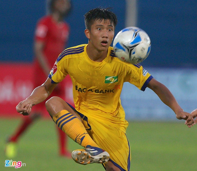 Phan Van Duc chan thuong, SLNA gap kho truoc Quang Ninh hinh anh 2