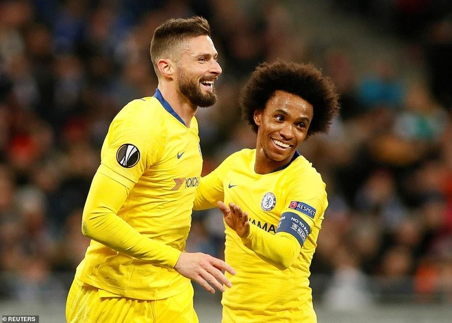 Giroud lap hat-trick, Chelsea thang tien vao tu ket Europa League hinh anh 1