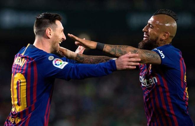 Arturo Vidal: 'Messi la duy nhat cua bong da the gioi' hinh anh 1
