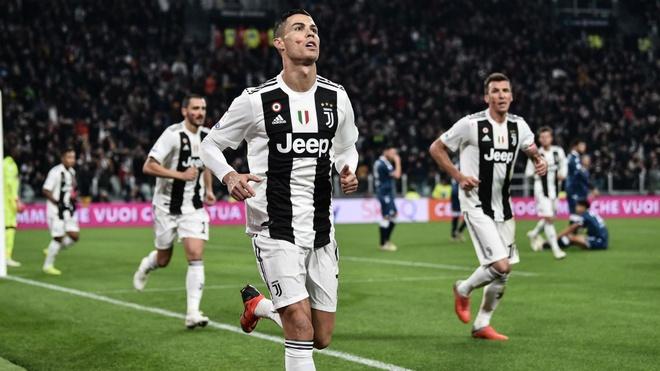 Franco Baresi: 'Ronaldo giup hoi sinh giai Serie A' hinh anh 2