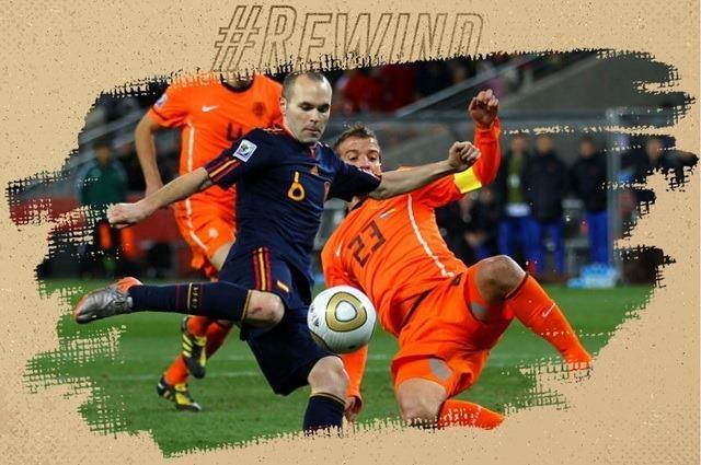 Iniesta volley tung luoi Ha Lan, dua Tay Ban Nha len dinh the gioi hinh anh
