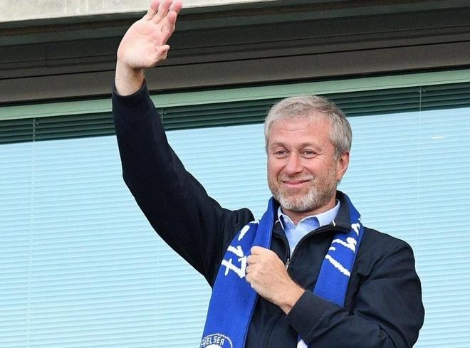 Ty phu Abramovich thiet hai nang vi 'lo xay HLV' cua Chelsea hinh anh 1