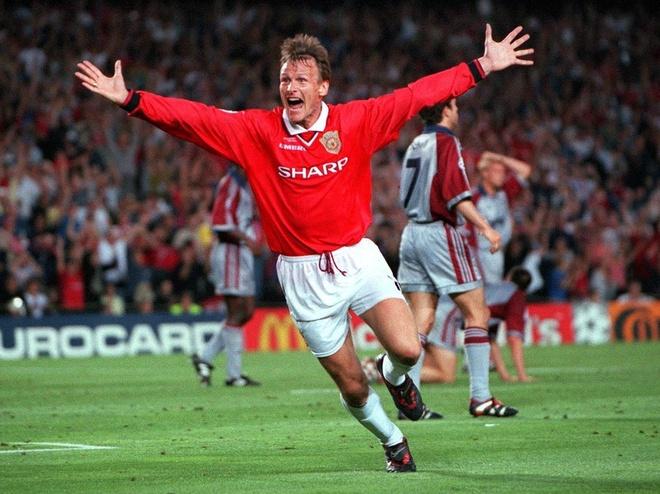 Beckham vung phong do, Solskjaer bac trang dau sau 20 nam hinh anh 15