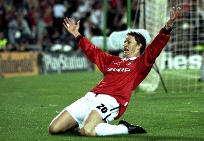 Beckham vung phong do, Solskjaer bac trang dau sau 20 nam hinh anh 3