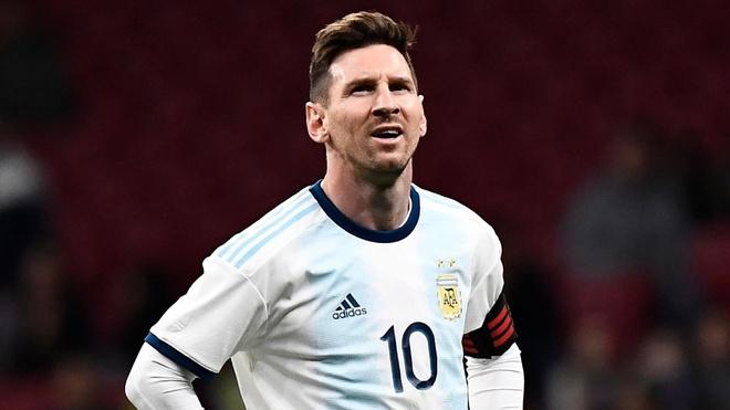 Roberto Carlos: 'Messi kem may man khi tro ve doi tuyen Argentina' hinh anh 1