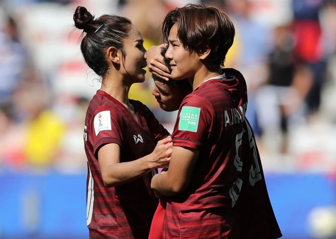 Ban thang dau tien cua Thai Lan o World Cup nu 2019 hinh anh