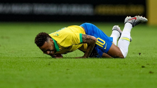 Real Madrid tu bo cuoc dua chieu mo Neymar hinh anh 1