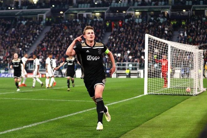 De Ligt chuan bi sang Juventus kiem tra y te hinh anh 1