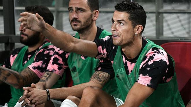 Ronaldo không ra sân, CĐV Hàn Quốc khởi kiện đòi lại tiền vé