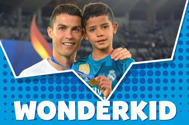 Ronaldo Jr - sao nhi hua hen thay CR7 thong tri bong da the gioi hinh anh