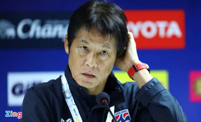 HLV Nishino: 'Sau tran hoa Viet Nam, Thai Lan dang tot len' hinh anh 1