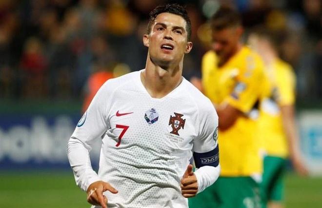 Ronaldo tao them ky luc ghi ban cho bong da the gioi hinh anh 1