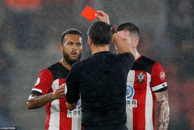 Cau thu Southampton khong nhan luong sau that bai 0-9 hinh anh 1