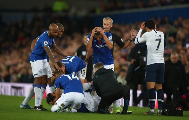 'Toi uoc Everton thua 0-5 de Gomes khong chan thuong' hinh anh 1