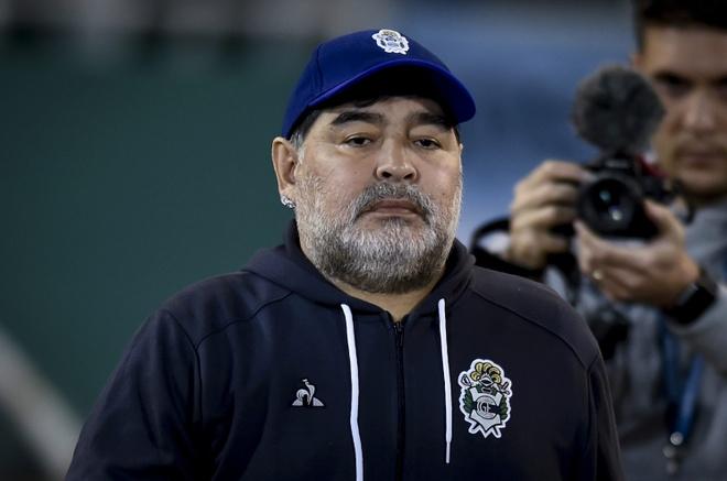 Diego Maradona lên tiếng sau tin đồn sức khỏe suy kiệt