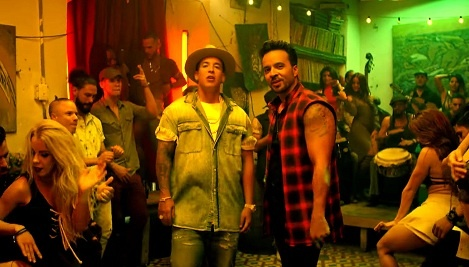 'Despacito' khong duoc giai Grammy 2018: Hop tinh hay vo ly? hinh anh
