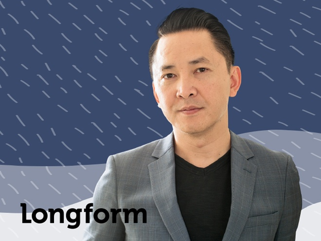 Nha van Viet Thanh Nguyen: 'Muon sach duoc dich tieng Viet de cha doc' hinh anh