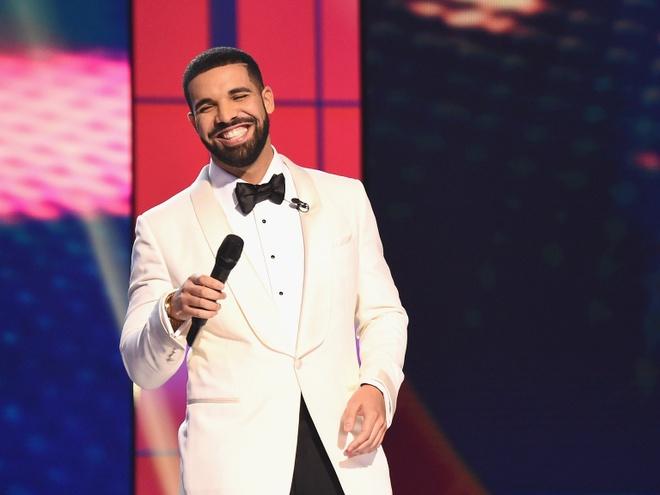 Drake - bieu tuong am nhac 2018 dao hoa va day tranh cai hinh anh 1