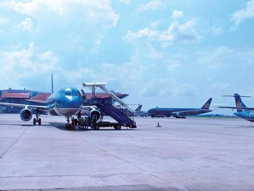 Vietnam Airlines thoai von tai Techcombank ngay nam 2013 hinh anh