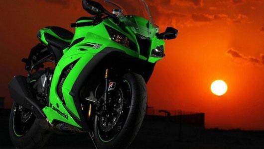 Kawasaki sap tung ra superbike moi hinh anh