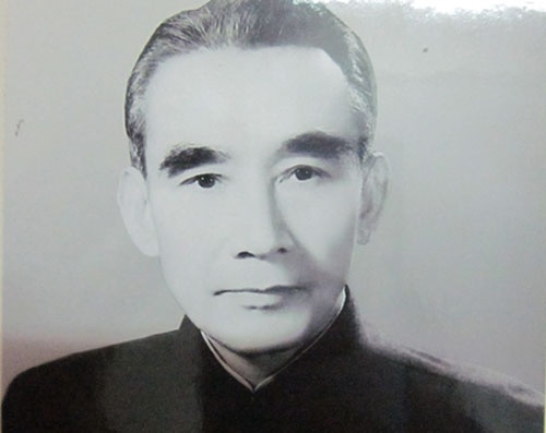 Ly lich Giam doc Ngan kho Trung uong dau tien cua Viet Nam hinh anh 1