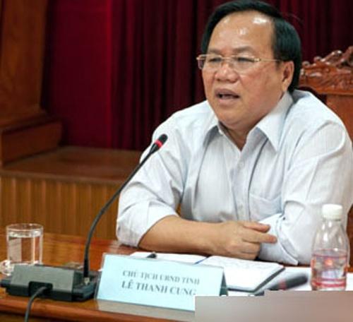 Chu Tich Tinh Binh Duong: 'Ong Dung Bia Dat, Lua Dao' Hinh