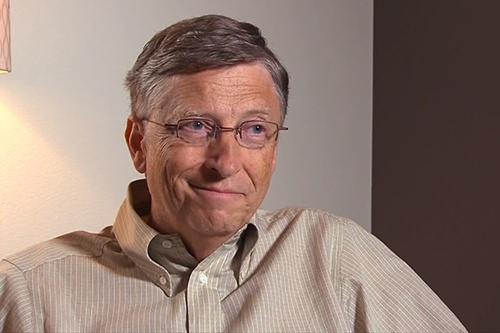 Bill Gates kim nuoc mat khi noi ve CEO Microsoft hinh anh 1