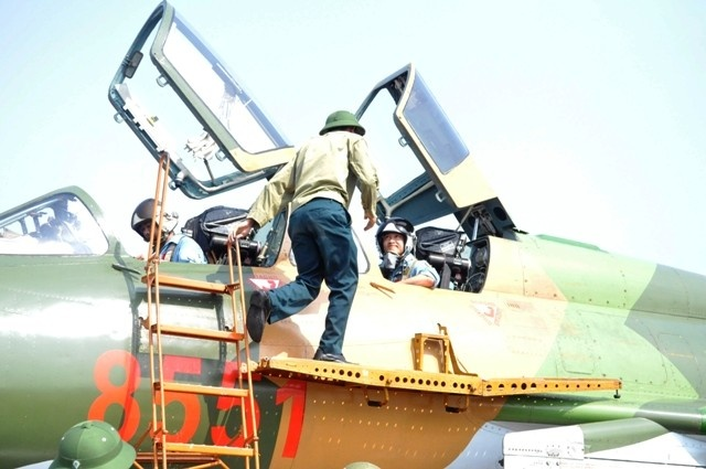 Can canh tiem kich bom Su-22 cua khong quan Viet Nam hinh anh 2