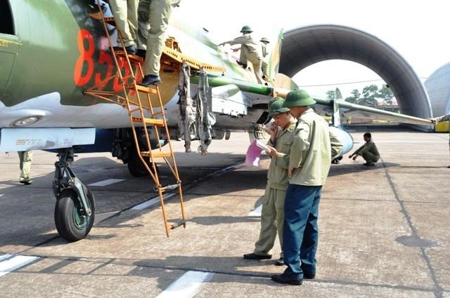 Can canh tiem kich bom Su-22 cua khong quan Viet Nam hinh anh 3