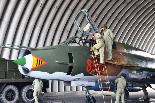 Can canh tiem kich bom Su-22 cua khong quan Viet Nam hinh anh 1