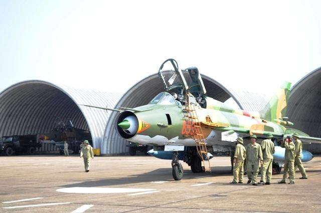 Can canh tiem kich bom Su-22 cua khong quan Viet Nam hinh anh 5