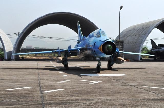 Can canh tiem kich bom Su-22 cua khong quan Viet Nam hinh anh 6