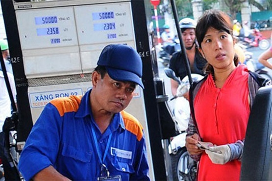 Bo Tai chinh, Cong thuong lien tuc bi doanh nghiep to hinh anh
