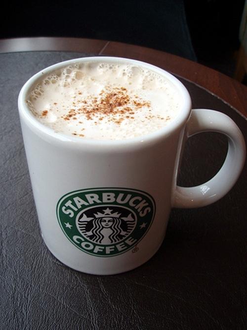 Starbucks va 4 chinh sach khien khach hang phat dien hinh anh 2