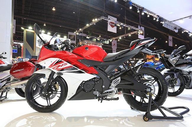 Xe sap ve Viet Nam Yamaha R15 tiep tuc ra mat tai Indonesia hinh anh