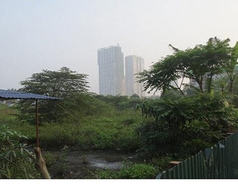 Vi sao thap Tai chinh Bao Viet bat dong? hinh anh 1 Dự án vẫn là bãi đất hoang.
