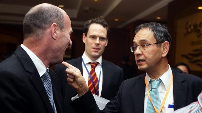 Bill Gates cung khong the xin duoc giay phep lao dong o VN hinh anh