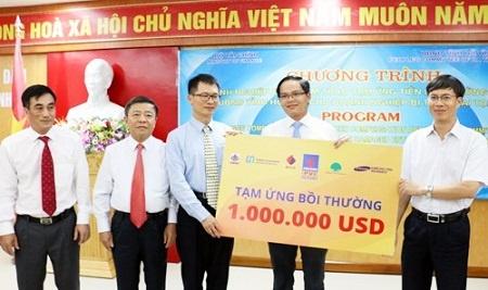 Tam ung 1 trieu USD boi thuong bao hiem cho Formosa hinh anh