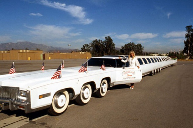 3. The American Dream với giá <abbr class=