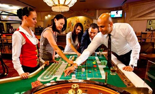 Nguoi Viet cong khai danh bac: Hoan hi va he luy hinh anh 1 Đề xuất cho người Việt trên 21 tuổi được vào chơi casino được các nhà đầu tư hoan hỉ đón nhận