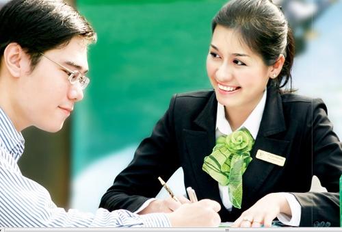 Nữ nhân viên ngân hàng thường khá ưa nhìn.