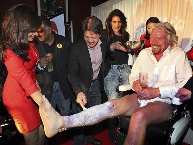 Nhung hinh anh 'di thuong' cua ty phu Richard Branson hinh anh 3