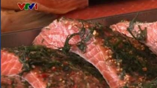 cá hồi nauy chứa nhiều chất gây ung thư