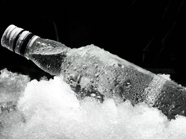Nhung thuc pham lam ban mau gia hinh anh 4 Rượu: Rượu được hấp thu vào máu nhanh chóng, sau đó tập trung cao nhất ở gan, gây ảnh hưởng đến chức năng gan và tăng tốc độ của quá trình lão hóa.